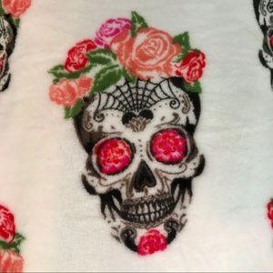 Other - Dia De Los Muertos plush throw Skull Rose crown